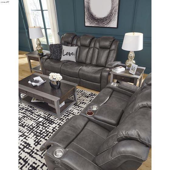 Turbulance 85001 Sofa Love room detail
