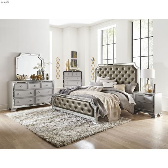 The 1646 Avondale Collection 4pc Queen Bedroom Set